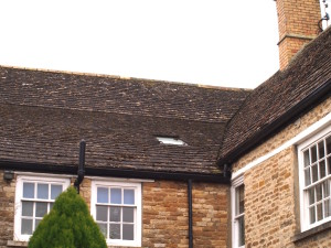 Diminishing courses on Collyweston stone slate roof