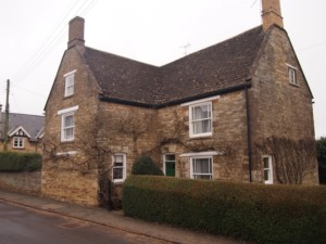 Leicestershire property with Collyweston stone slate roof.