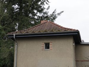 Roof ventilation at eaves level